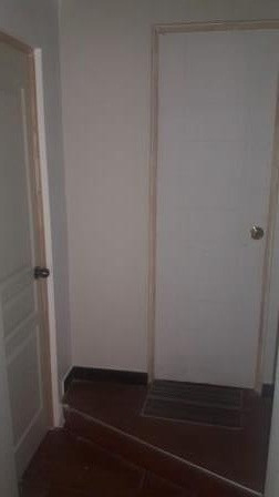 alquilo cuartos y mini departamento en chorrillos.