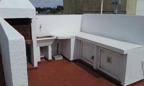 alquilo departamento 1 de la playa con terraza y parrilla