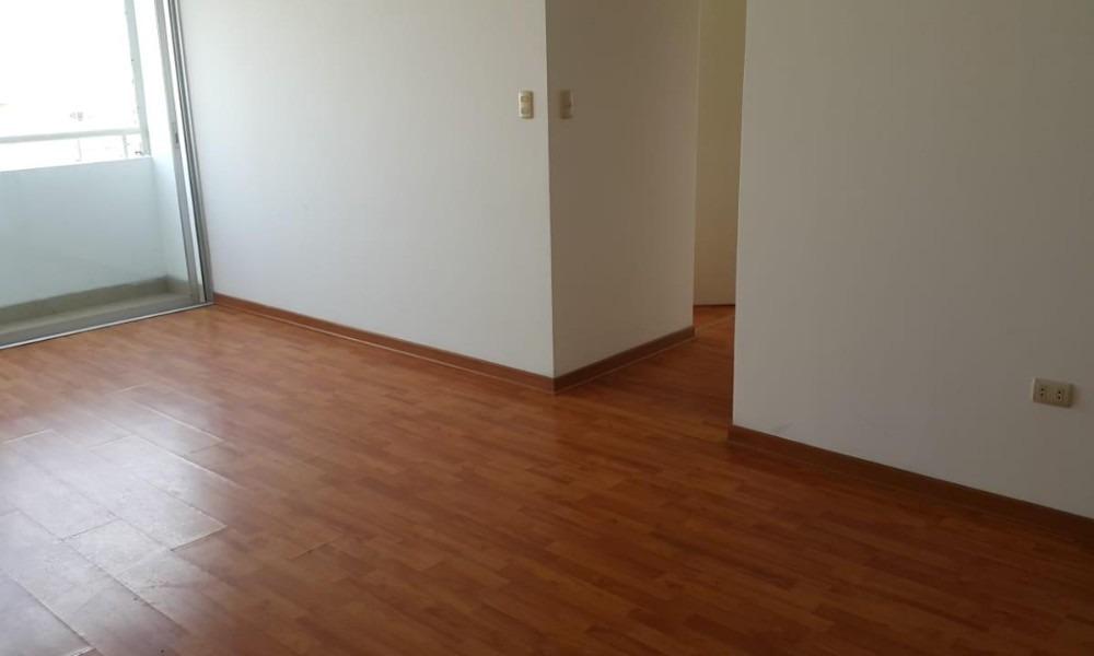 alquilo departamento 75 m2 + cochera