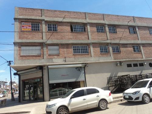 alquilo departamento catan b° independencia edif de calidad