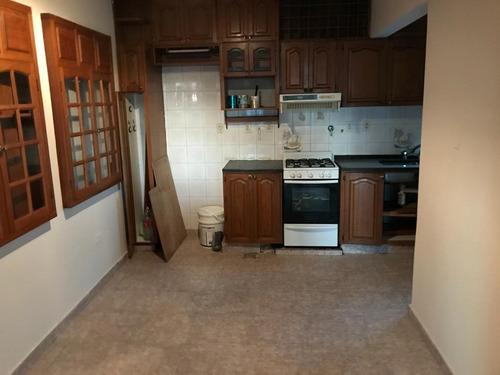 alquilo departamento de 2 dormitorios en san martin/garay