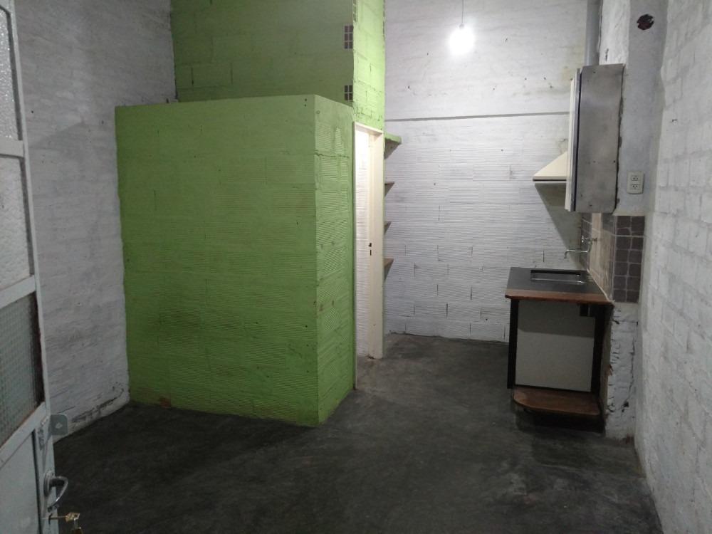alquilo departamento mono ambiente $5900 con patio campbell
