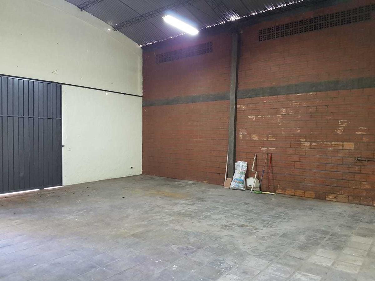 alquilo deposito en asuncion, zona mercado de abasto. m6002.