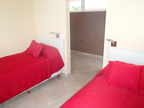 alquilo excelente casa de 3 dormitorios