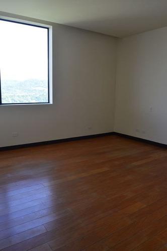 alquilo exclusivo apartamento en torre el pedrega
