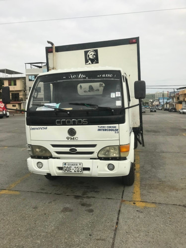 alquilo furgon blanco 3,3 toneladas
