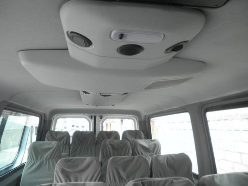 alquilo furgón furgoneta crafter y buseta bus recorridos