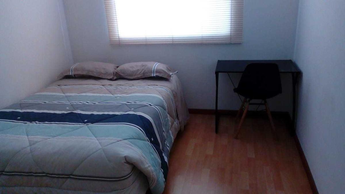 alquilo habitación amoblada para persona sola