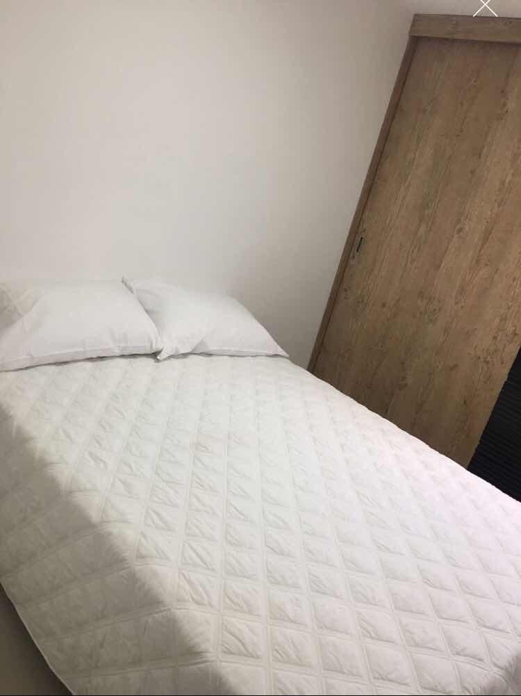 alquilo habitación amplia cómoda y confortable