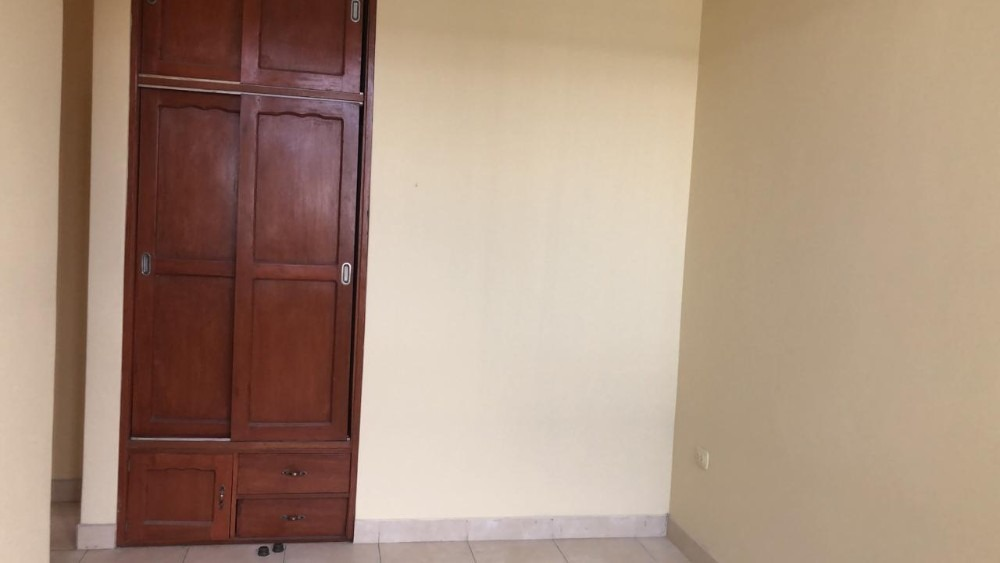 alquilo habitación cerca udep - piura