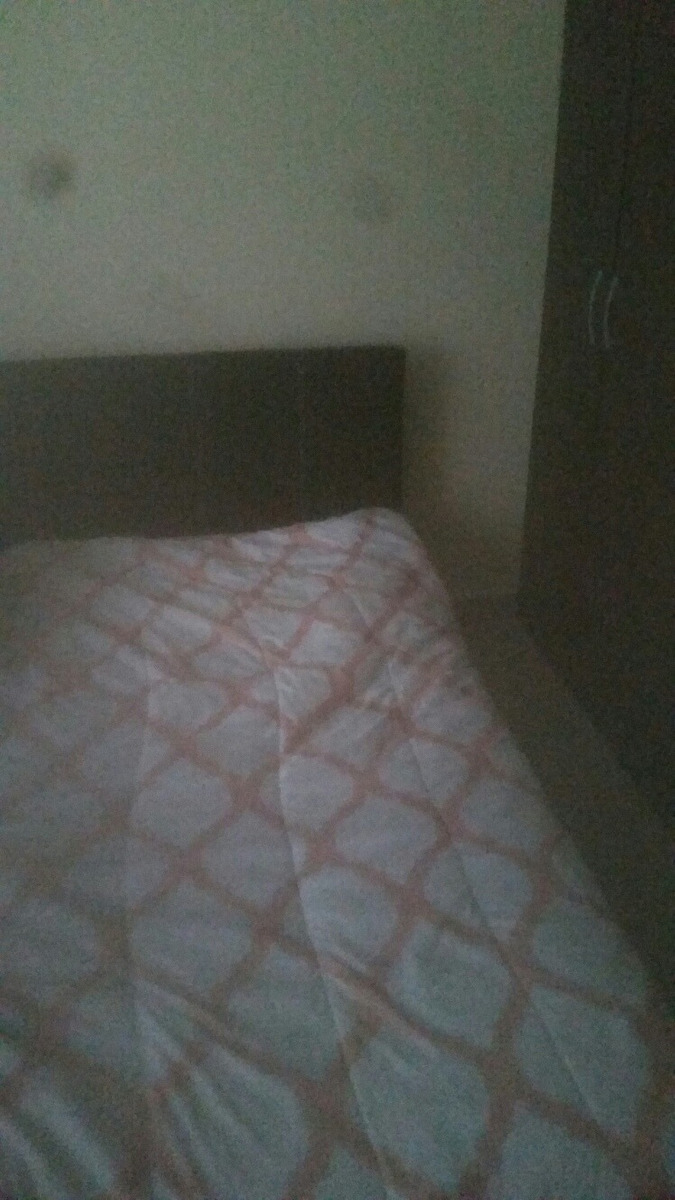 alquilo habitacion comoda y confortable muy buena zona resid