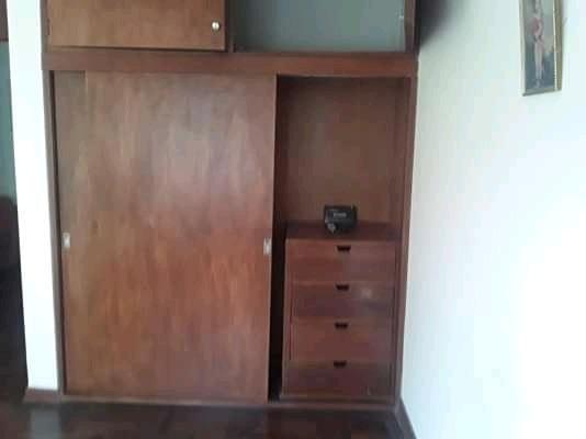 alquilo habitacion con baño estilo roommate 2do piso. surco