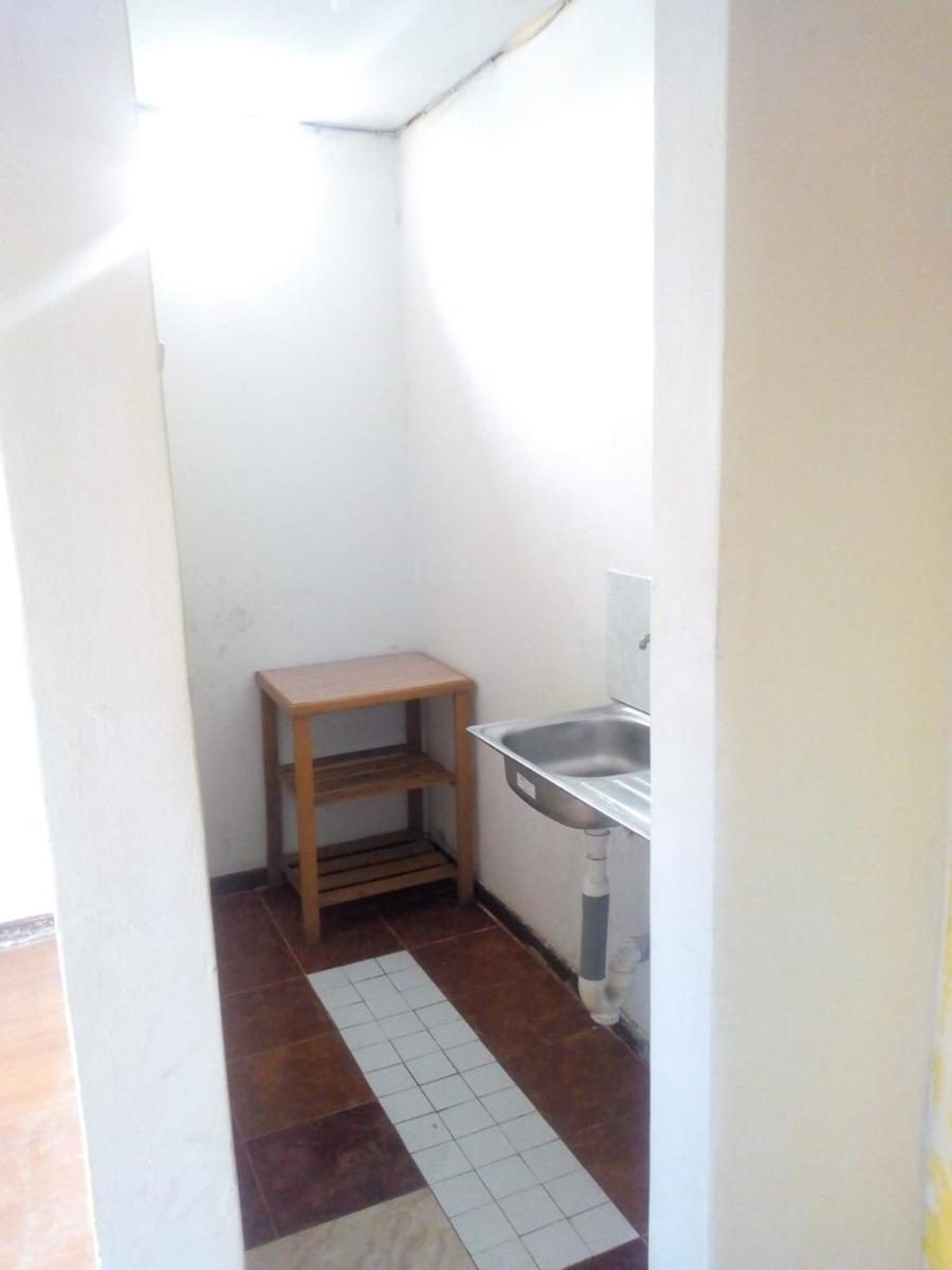 alquilo habitacion con baño propio en los olivos
