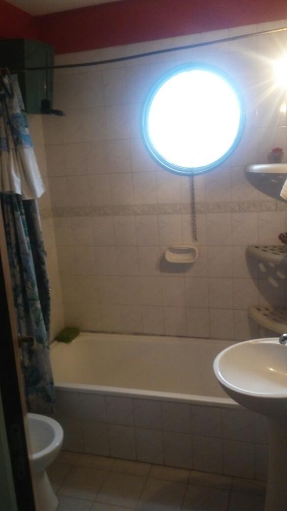 alquilo habitacion en apart baño cocina lav balcón