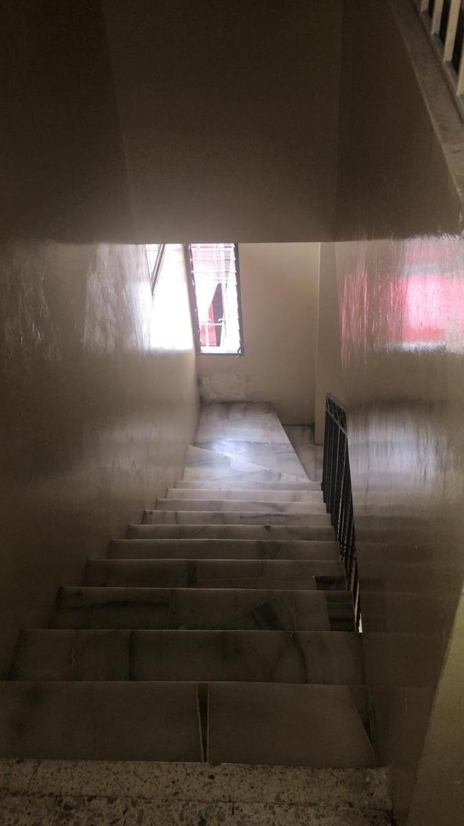 alquilo habitaciones amobladas  con agua luz e internet  220