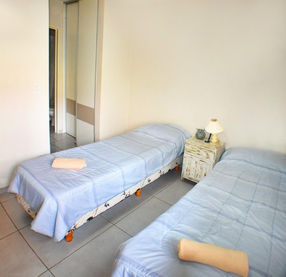 alquilo hermoso departamento amoblado 1 dormitorio nva cba
