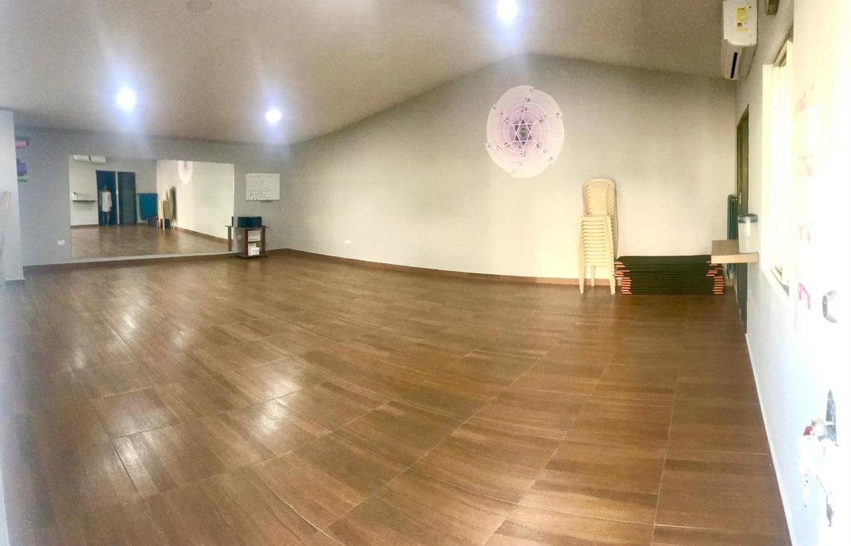 alquilo hermoso salón para oficina o bodega, muy amplio