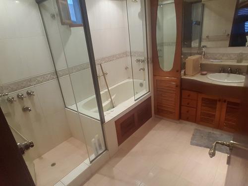 alquilo importante chalet de 6 ambientes 5 baños fdo v.bosch