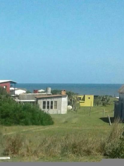 alquilo linda casita serca del mar