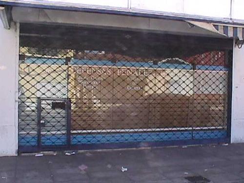 alquilo local cercano a la estacion de palomar !! f: 4904