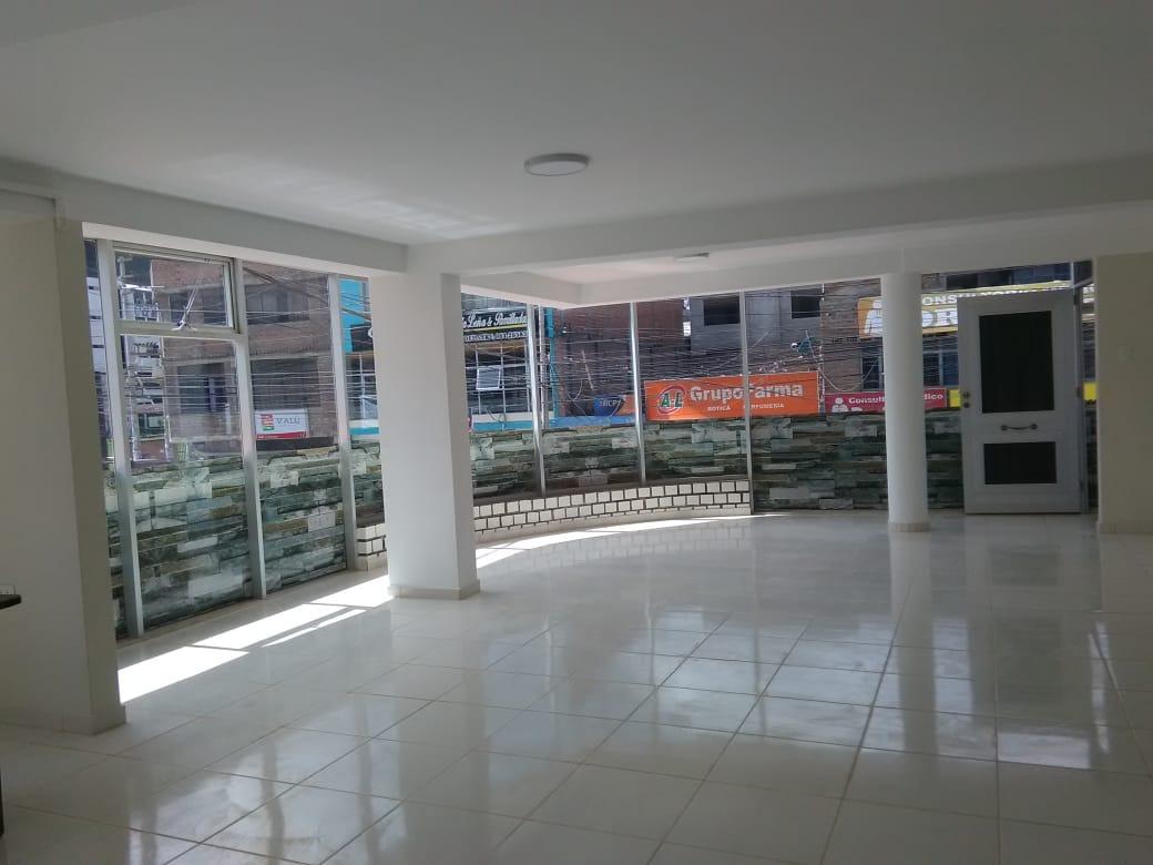 alquilo local comercial 2do piso 100m2 estreno 2300 soles