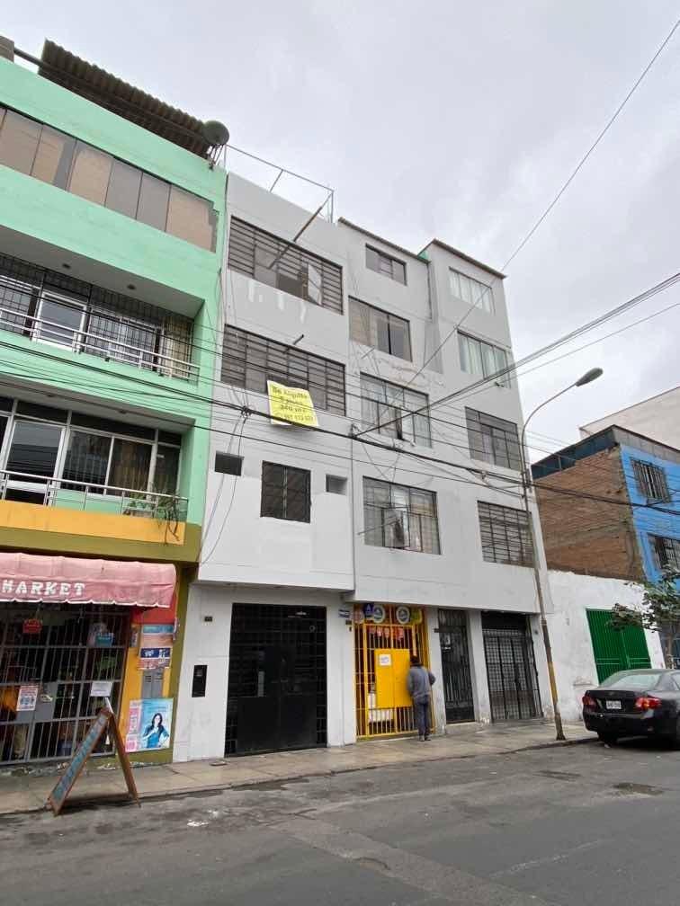 alquilo local comercial 340m2 4 pisos + azotea en surquilo