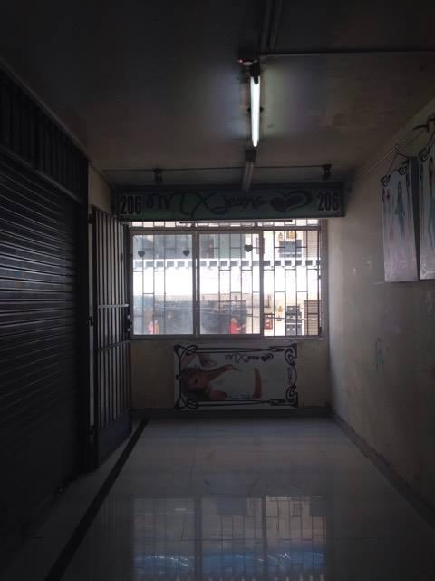 alquilo  local en el corazon de gamarra cuadra 8 2do piso