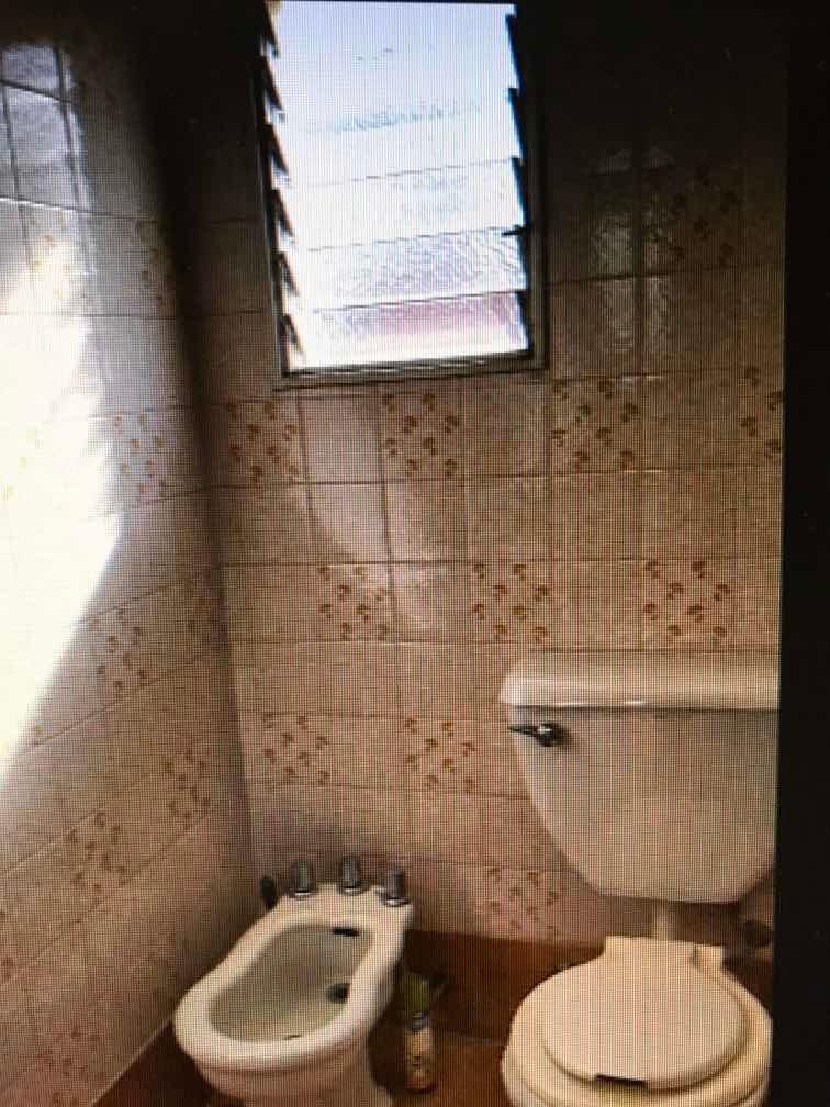 alquilo oficina 3 ambientes vendo u$s 98.000