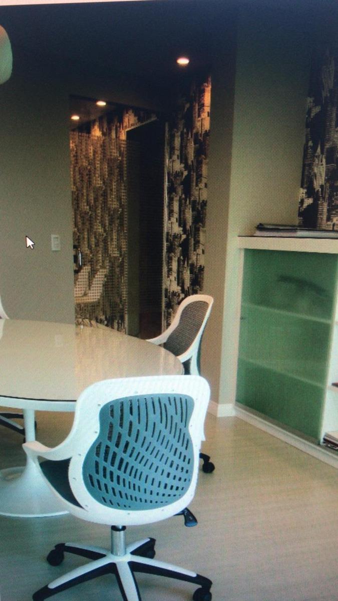 alquilo oficina 60 m2 - cerro - amoblada - cochera