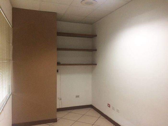 alquilo oficina 64m2 en antiguo cuscatlan todo incluido