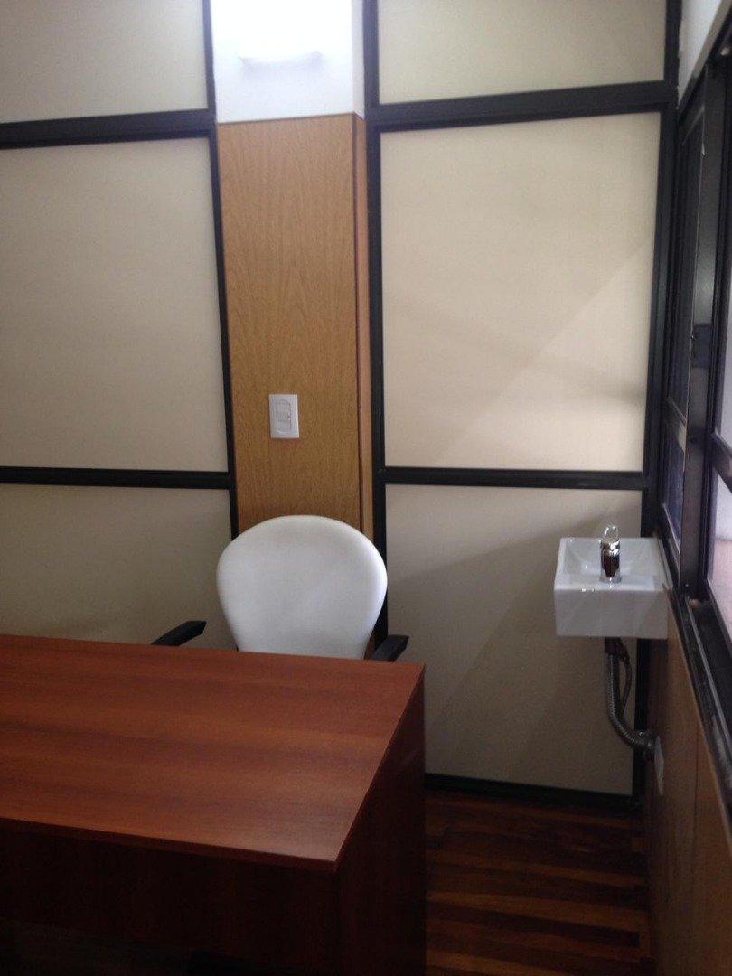 alquilo oficina consultorio. $10.500 (ref.#304904) - jco