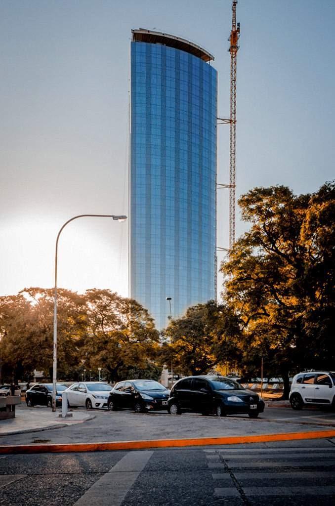 alquilo oficina torre complejo capitalinas - córdoba