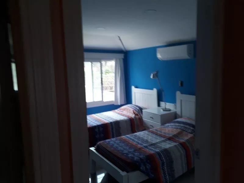 alquilo preciosa casa en la zona de pinares febrer0