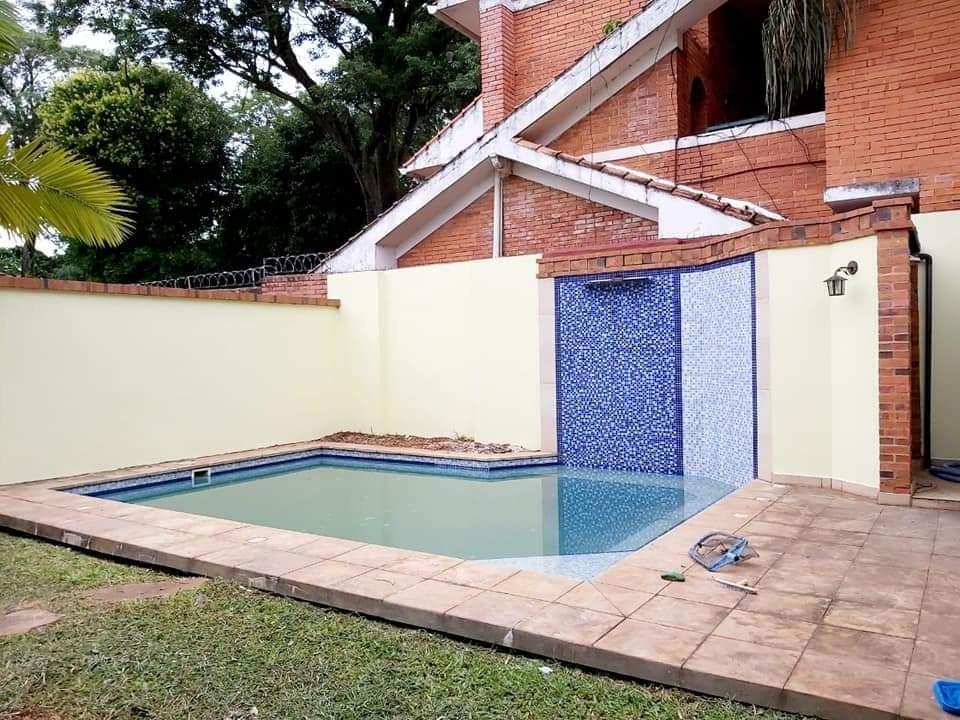 alquilo  residencia en barrio mcal estigarribia cod 2747