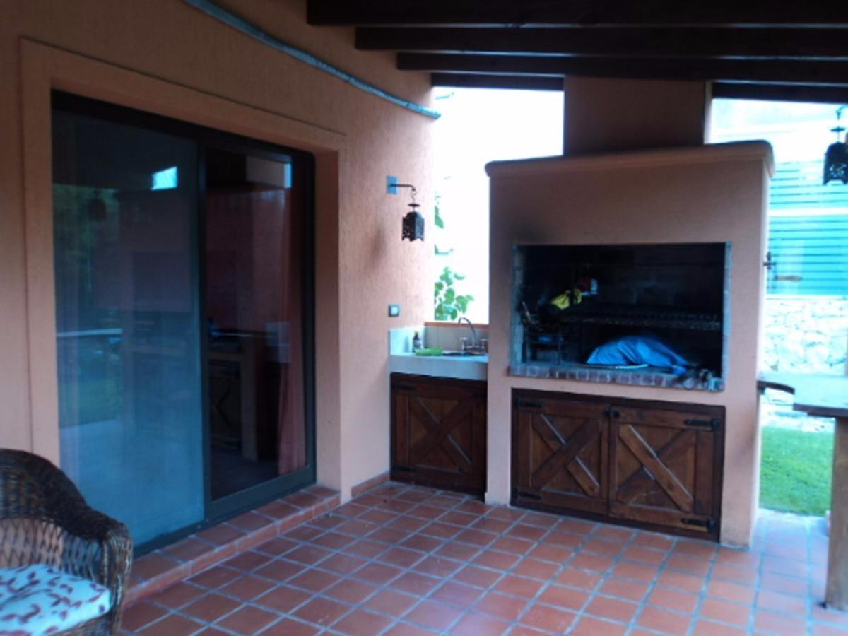 alquilo residencial 2 # 137 costa esmeralda