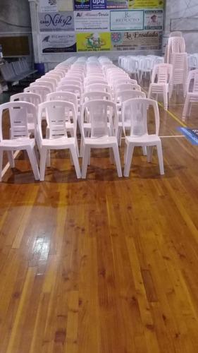 alquilo sillas y mesas de pvc,manteles,vajilla
