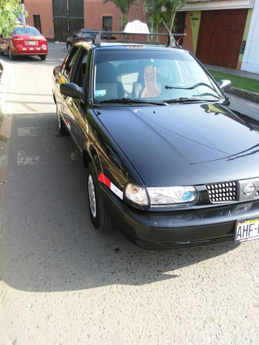 alquilo taxi nissan 2015 garantia minima