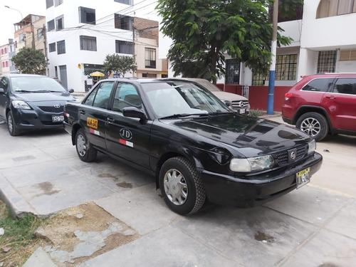 alquilo taxi nissan sentra 2017
