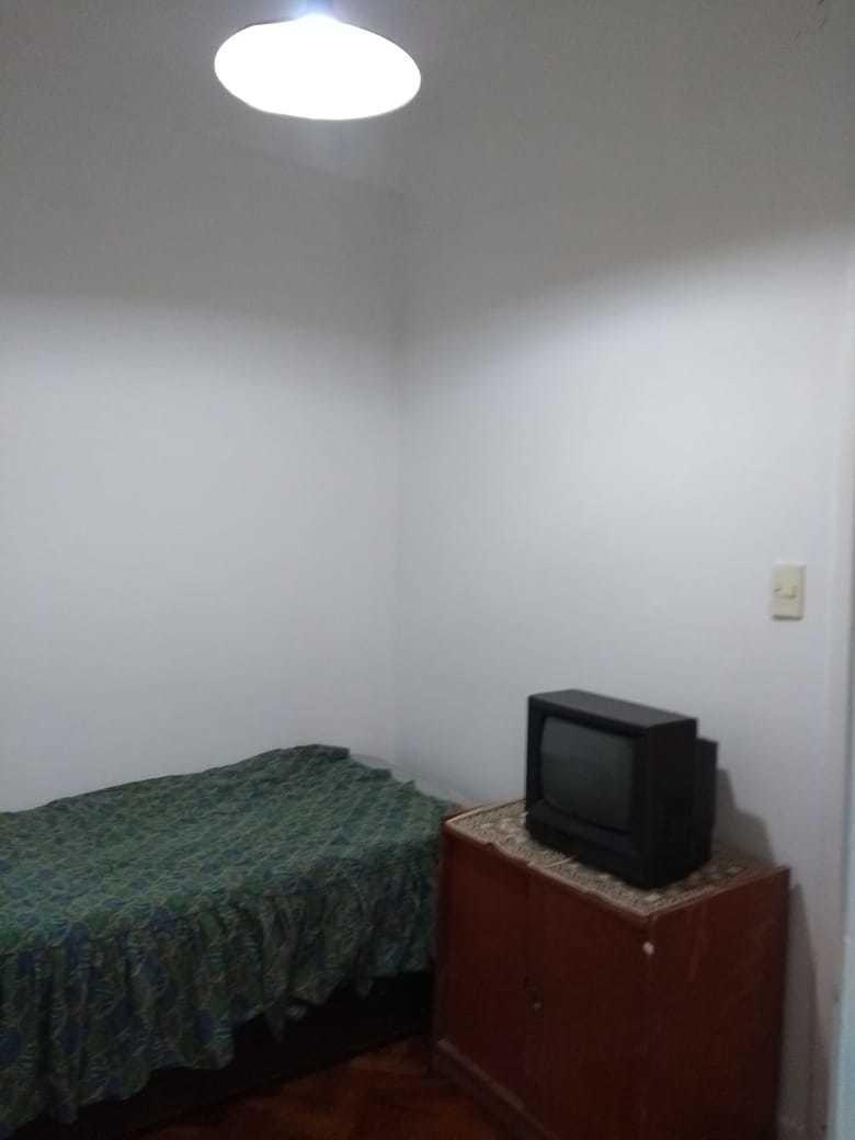 alquilo temporario en recoleta. 4 ambientes. balcón. 5 pax