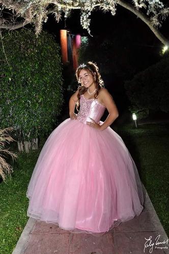 alquilo vestido de 15 rosa. corto y largo.