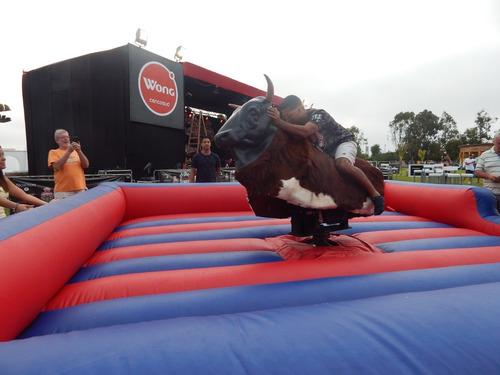 alquler de toro mecanico para fiestas importado de usa