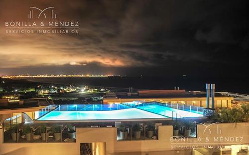 altamar, duplex, 2 suites, toilette, 2 cocheras, semi piso, disponible verano 2018