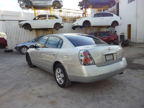 altima 2005,accidentado motor 2.5 automatico  partes