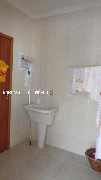 alto padrão a venda em itanhaém, balneario jd grandesp, 3 dormitórios, 3 suítes, 5 banheiros, 2 vagas - rb 0568