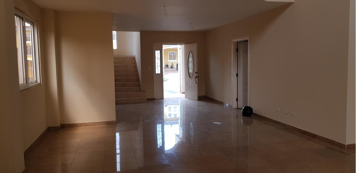 altos de panama hermosa casa en venta panamá