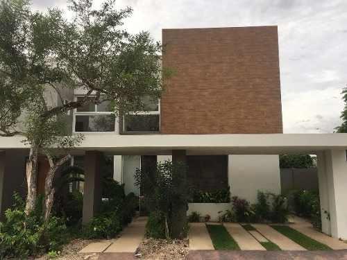 altozano, la nueva merida, hermosas casas en venta con vista al lago