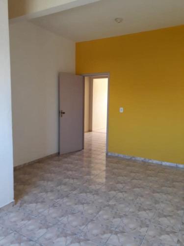 aluga apartamento no centro com 02 quartos - ap376l