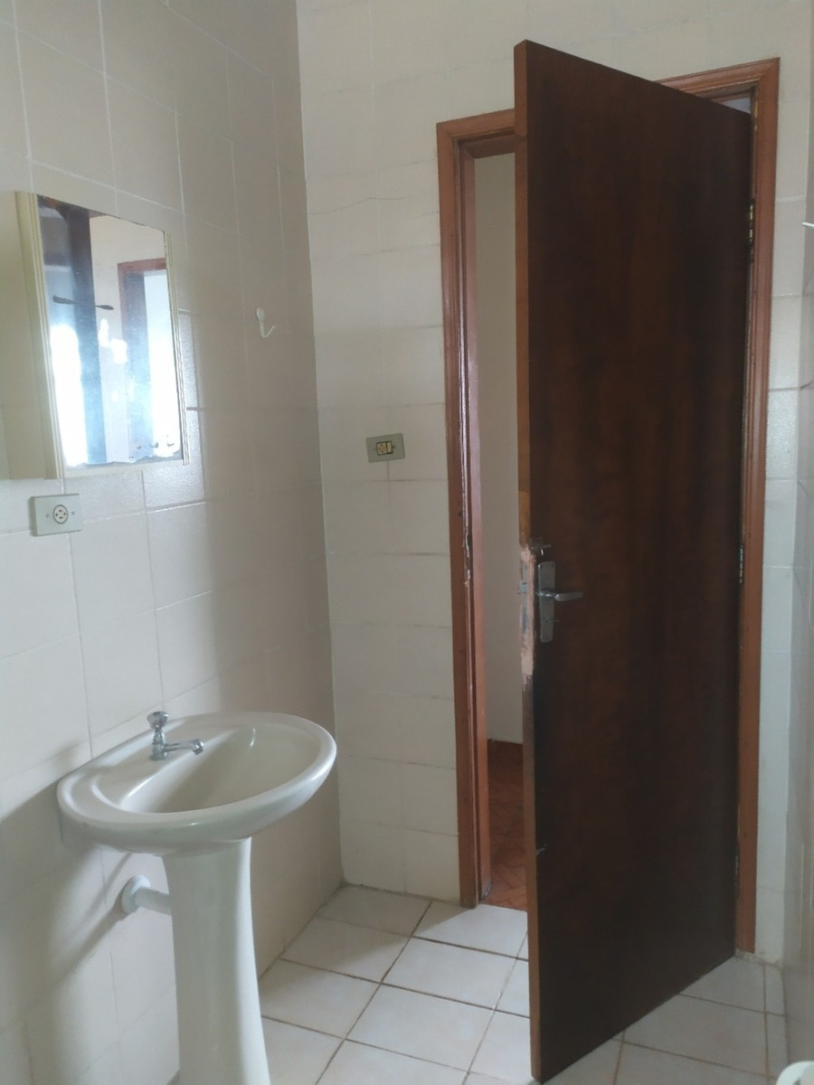 aluga casa 3 dormitórios - jd. cerejeiras | sjcampos - 394