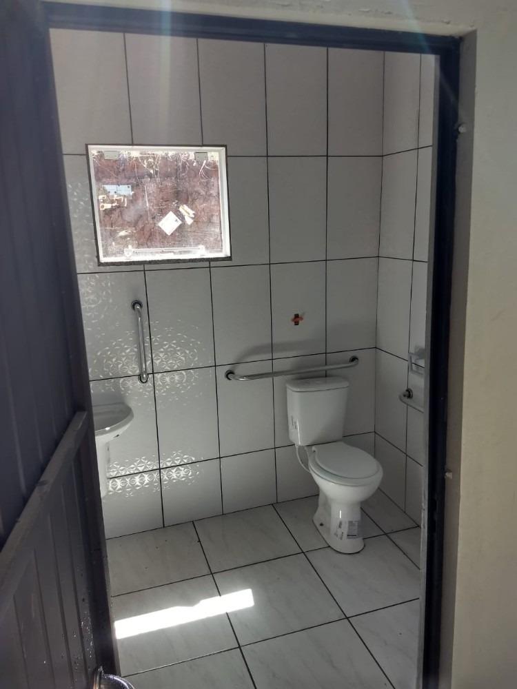 aluga-se barracão novo de 335m²