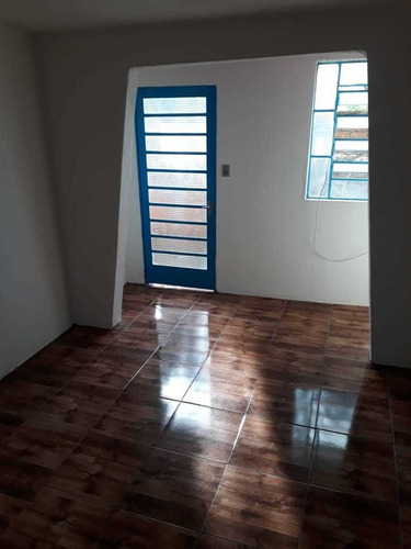 aluga-se casa completa direto c/ proprietário. iptu grátis.